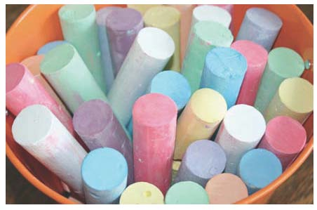 recipes for sidewalk chalk, activities to do with sidewalk chalk, behavior modification techniques, back to school activities, treat bag ideas